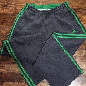 L Adidas sweatpants